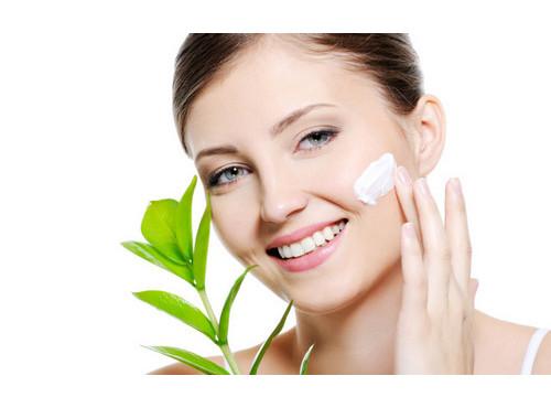 Усиливаем защитный барьер кожи с помощью косметики с церамидами!